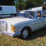 Ancienne voiture Mercedes en location à Rennes